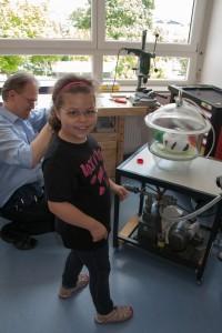 Mädchen und Jungs sind herzlich willkommen im Aerospace Lab